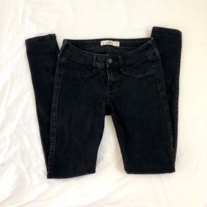 Hollister Black Low-Rise Skinny Jeans Size 1S